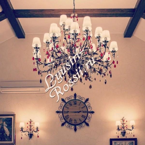 Подвесной Светильник / Большая Люстра Серия - РИГОНДА 25 ламп фото в интерьере