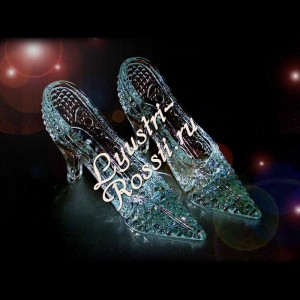 Хрустальная туфелька для Золушки